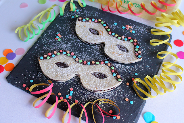 Mascherine Sandwich di Carnevale al Cioccolato